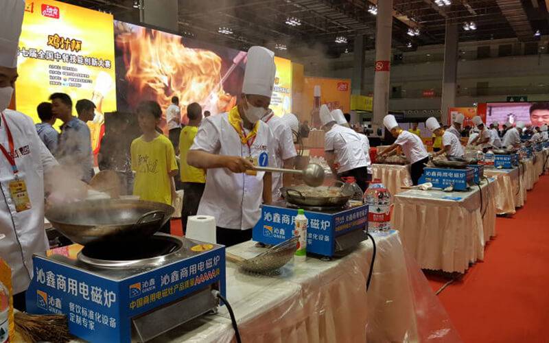 professional chefs cook with commercial induction cookers